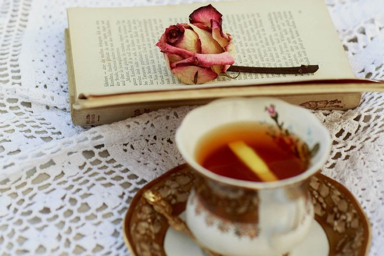 3 Reasons Second-Chance Romance Novels Are Better Than Therapy